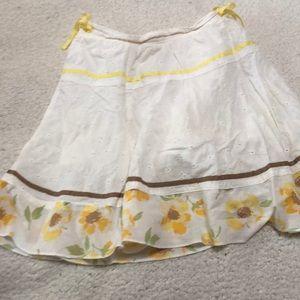 Matching skirt to floral shirt
